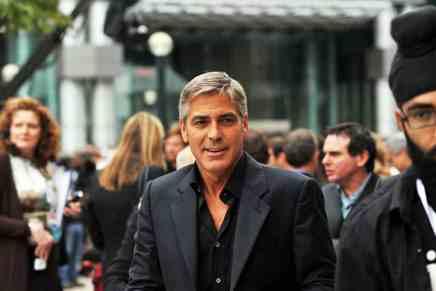 George Clooney le dio a cada uno de sus 14 amigos más cercanos $1 millones de dólares ¡¡Libre de impuestos!!
