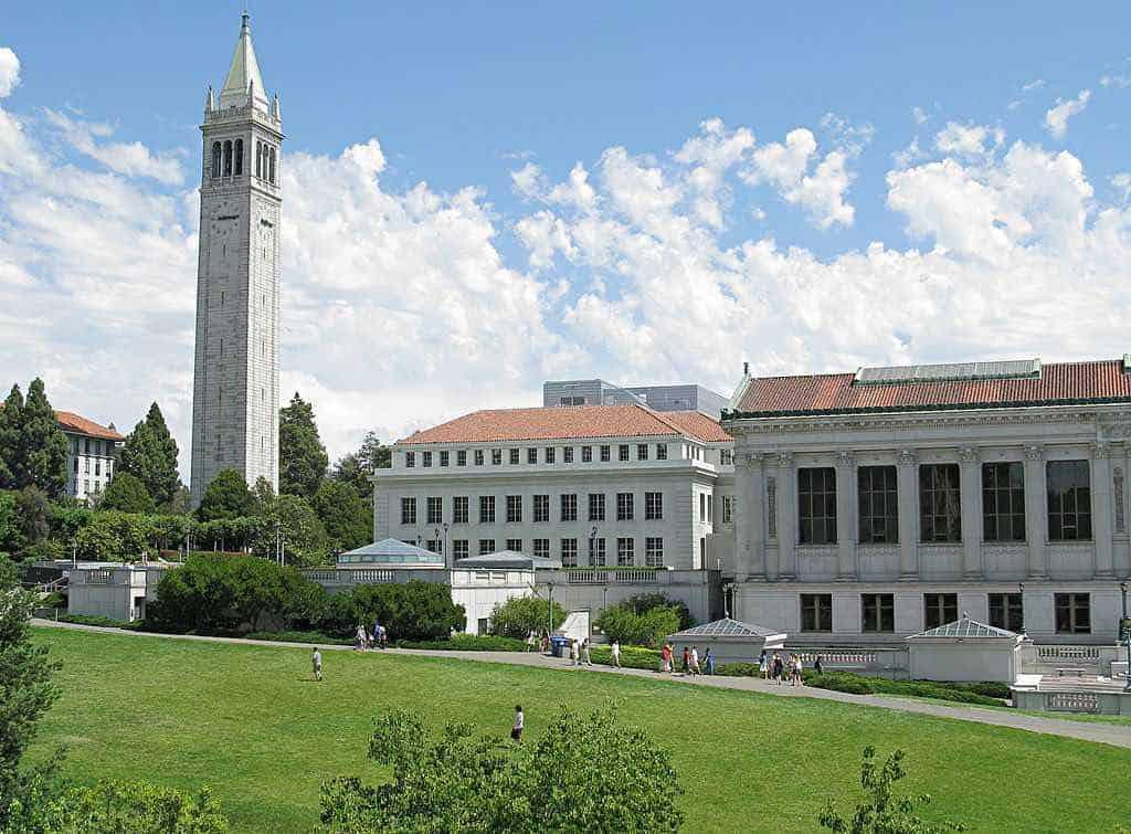 Universidad de Berkeley, California