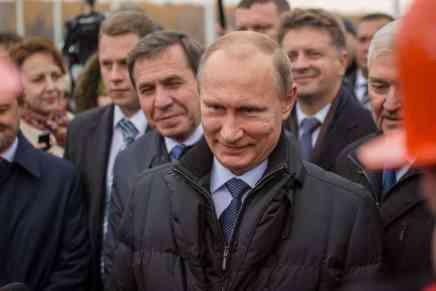 El círculo de amigos cercano a Vladimir Putin continua haciéndose más ricos