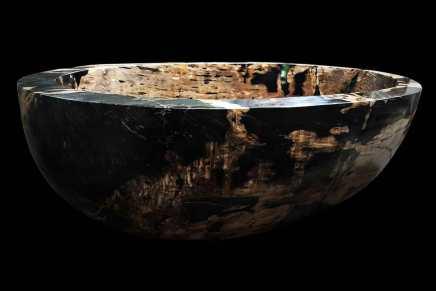Esta bañera, hecha de una madera especial, es la más cara del mundo con un precio de $2 millones