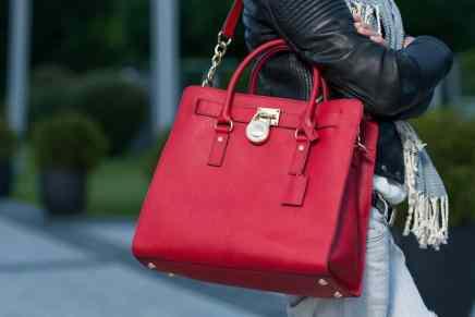 Descubre cuál es el país de América Latina que más adora comprar productos de lujo