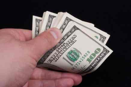 Esto es lo que necesitas ahorrar cada mes para convertirte en millonario en 20 años