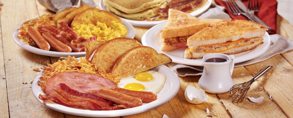 Dennys: Date Places In Quezon City