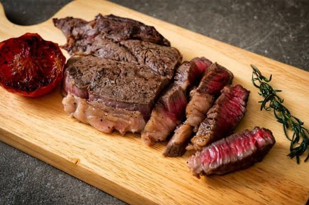 Mgyuu Steaks: Where To Eat In BGC At Night