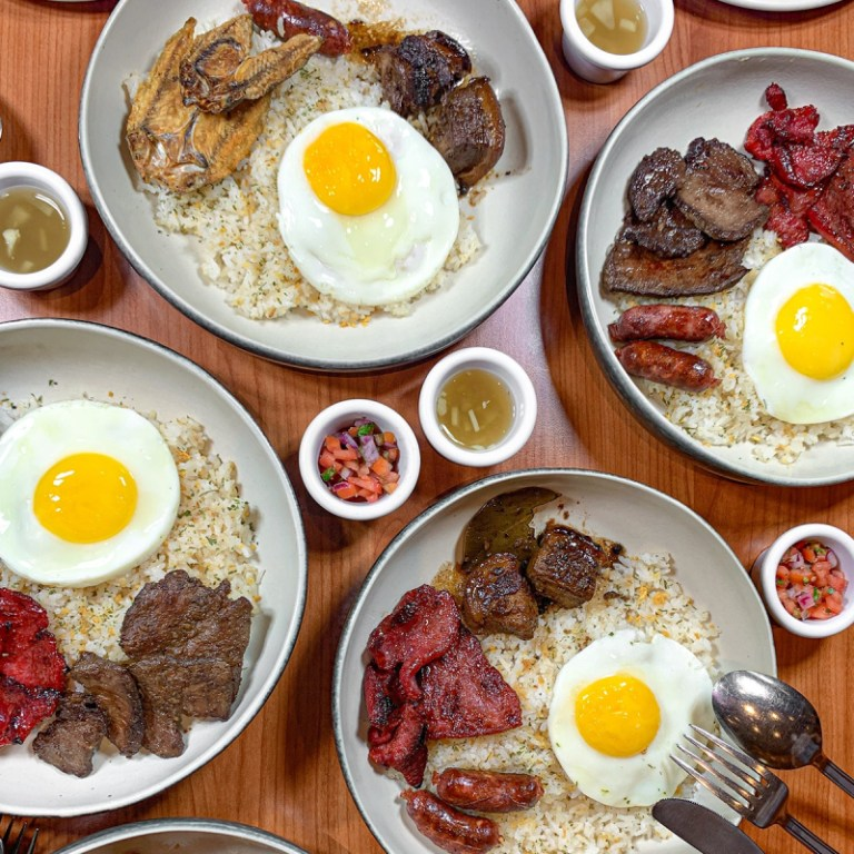 Nothing beats Filipino style breakfast! Denny's may be an American diner, but they serve our favorite silog meals just the way we like it. Tocino, tapa, or longganisa? Take your pick!