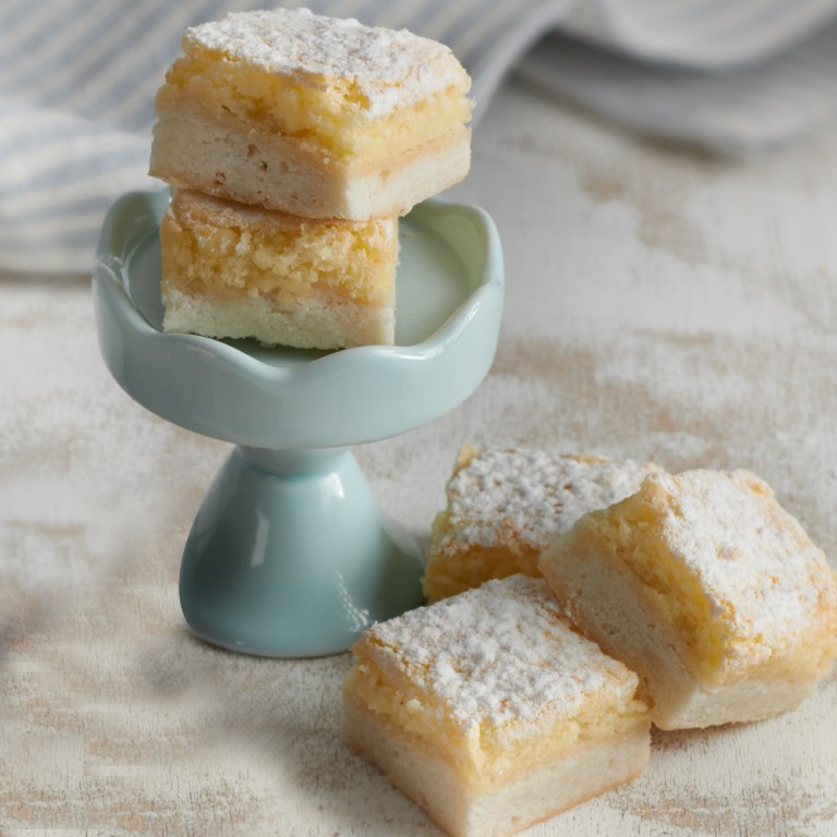 For a combination of sweet and tangy, have a box of Lemon Squares delivered! These babies are made from soft bread, buttery crust, and lemon fillings. Every piece is then topped with powdered sugar for a delectable finish!
