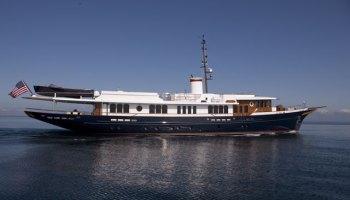 Motoryacht A Yacht Spotting Via Drone Video Megayacht News