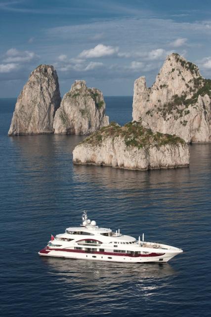 Megayacht News Onboard Heesen Yachts Quinta Essentia