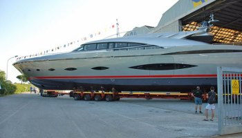 Speedy Ab 100 Spectre Does 50 Knots Gallery Megayacht News
