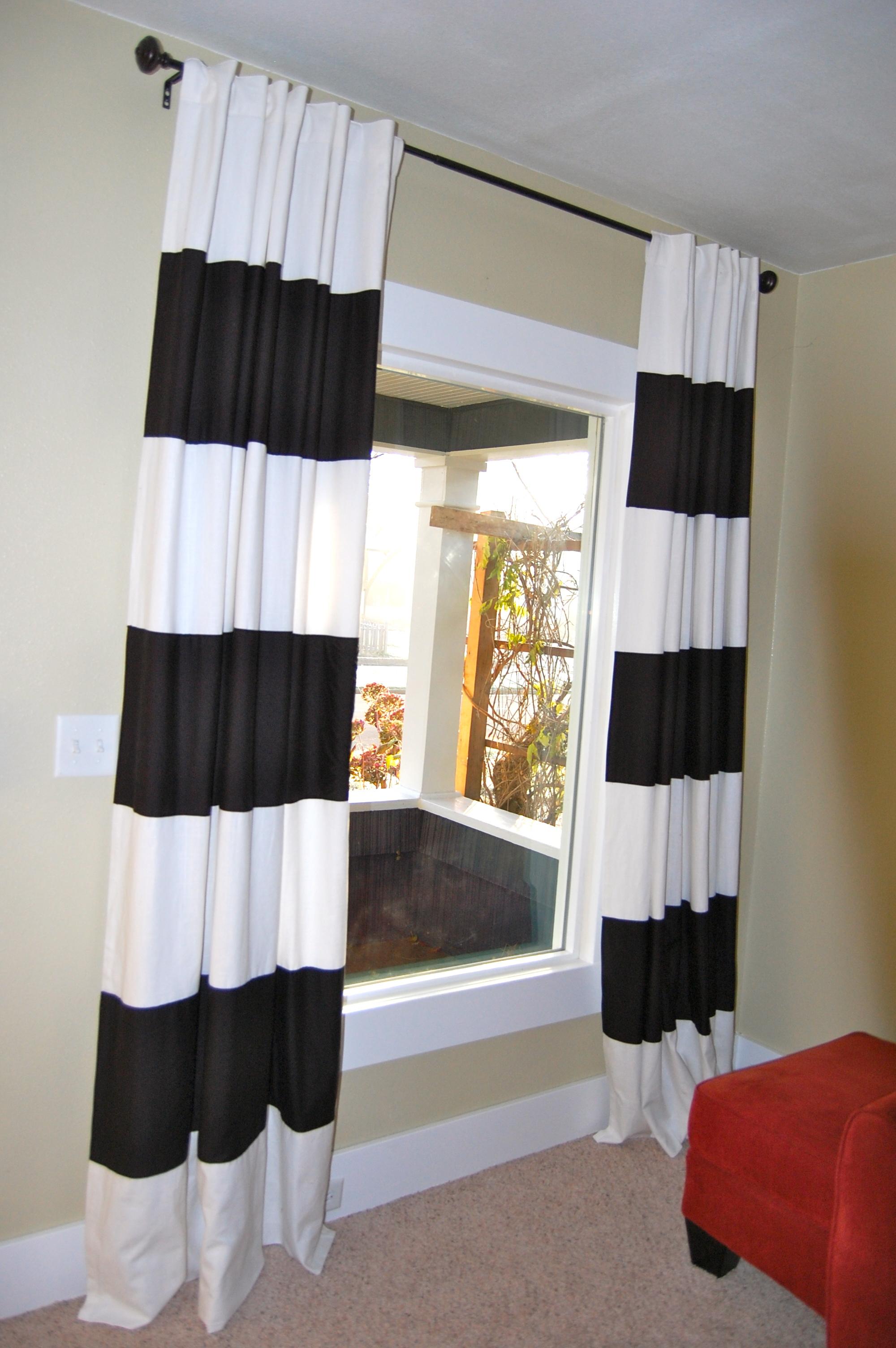 Horizontal stripe curtains - Diy Black White Striped Curtains Diy Project Aholic