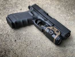 GLOCK 20 Viridian X5L WeaponLight