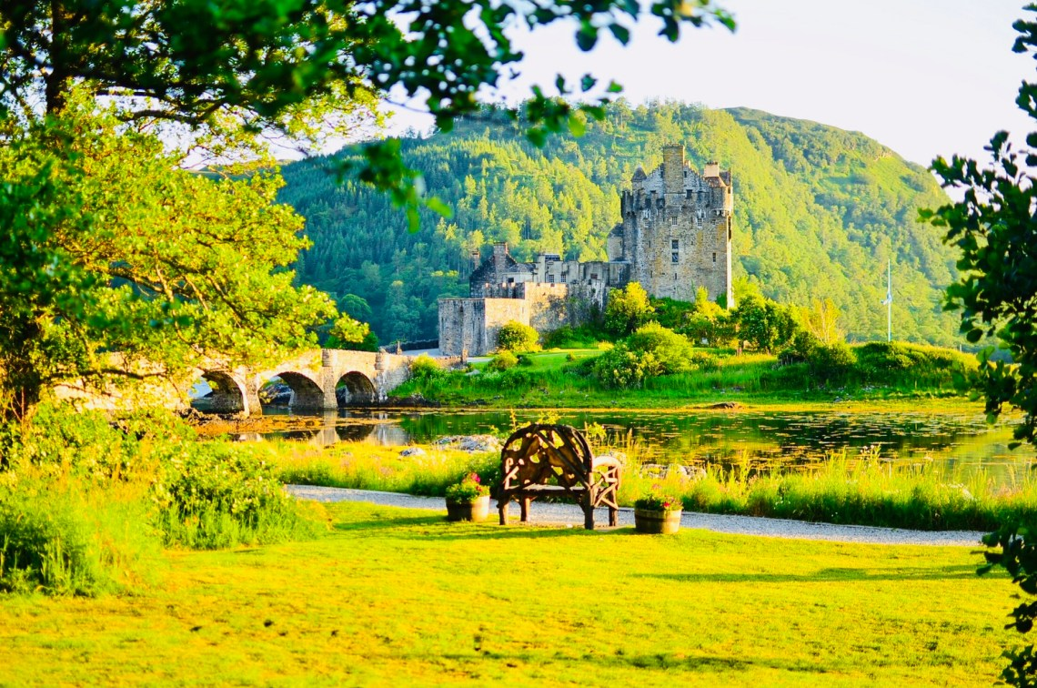 Romantic and wonderful side of Eilean Donan castle