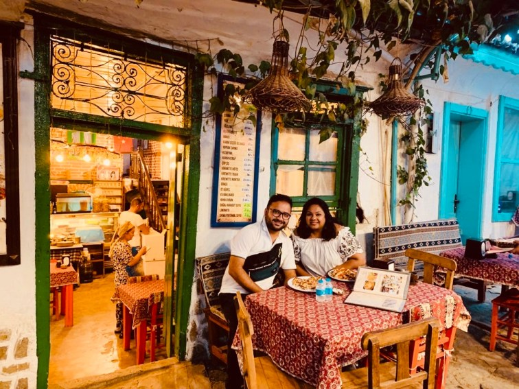 The cosy place where we enjoyed Turkish Pide.