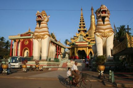 Another temple in Bago