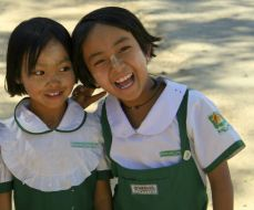 School girls in Nyaungshwe on Inle Lake