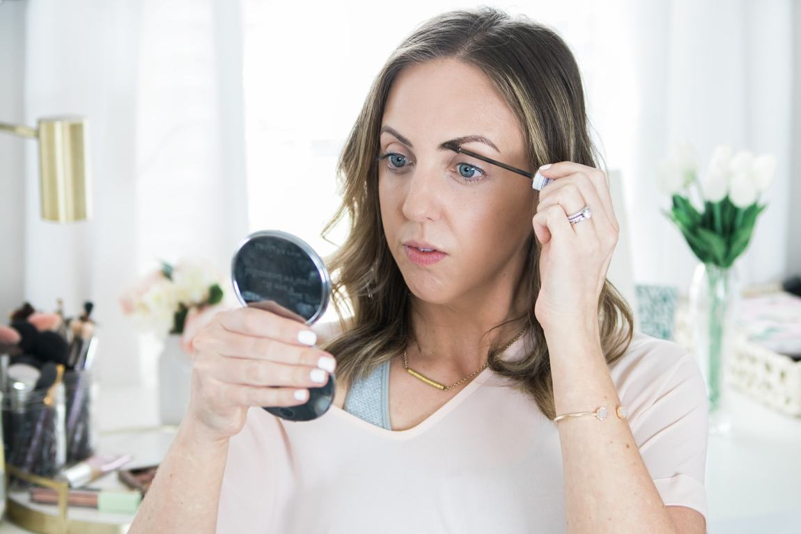 Tinted brow gel in my 5 minute makeup routine