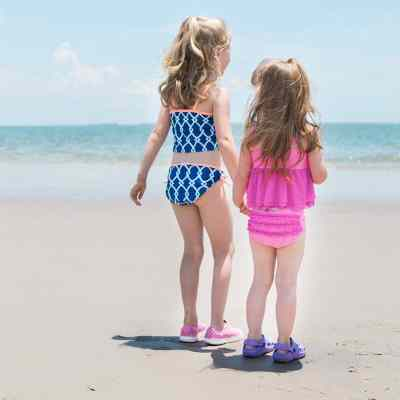 how to have a successful beach day with kids