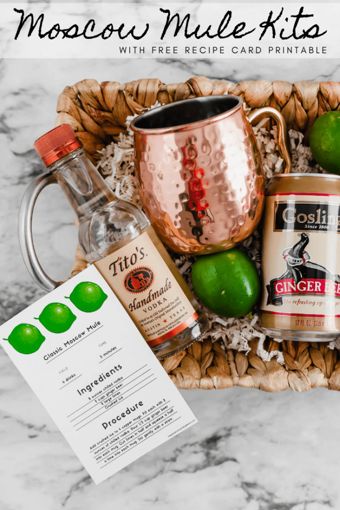 Combine two holiday favorites, drinks and gift giving, with this fun DIY Moscow Mule Kit. A cute recipe card printable is available for free download too.