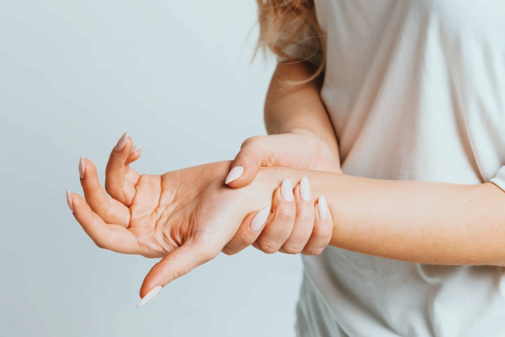 MegsMenopause | Tingling Extremities