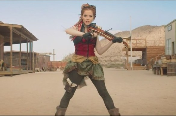 premiere-lindsey-stirling-gets-wild-in-the-west-f-2-5569-1413823938-16_dblbig
