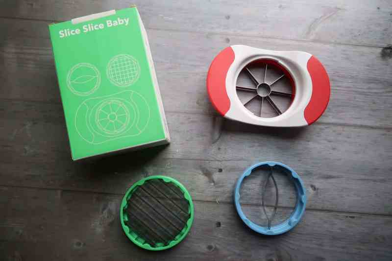 Vremi Baking Cups and Apple Slicer