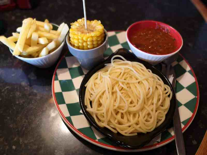 Frankie and Benny's small eaters meal