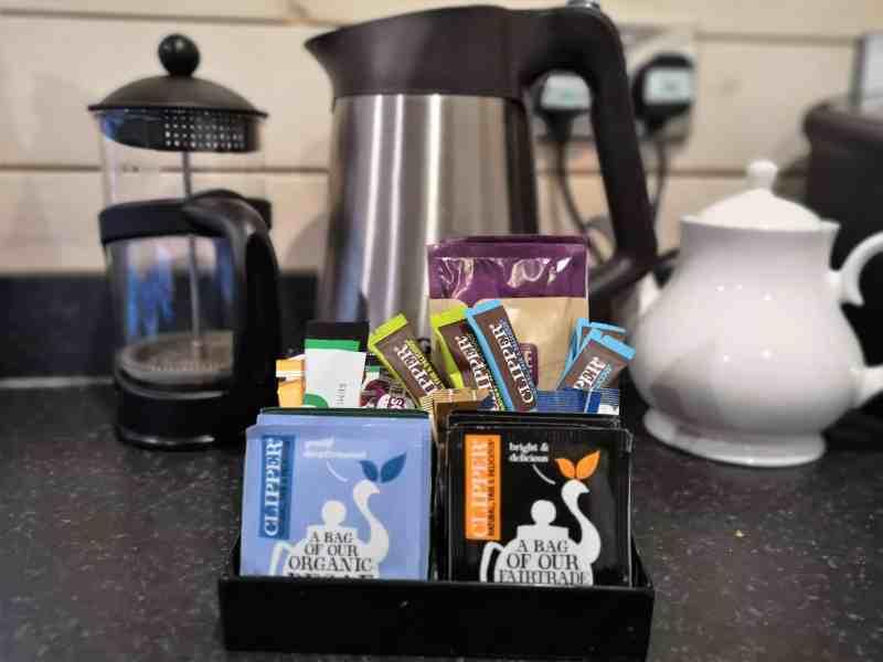 Kelling Heath 2 bedroom woodland lodge tea and coffee