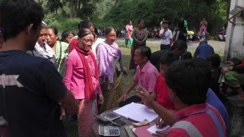 बंद चाय बागानों के श्रमिकों ने पाया 25% बोनस