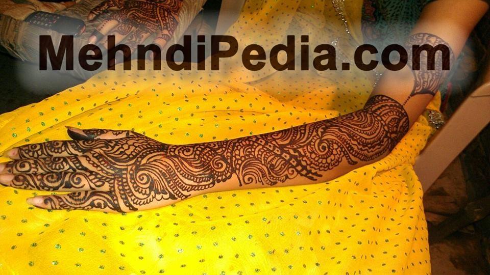 bridal left hand full mehnid designs start form finger and and to shoulder 2nd image