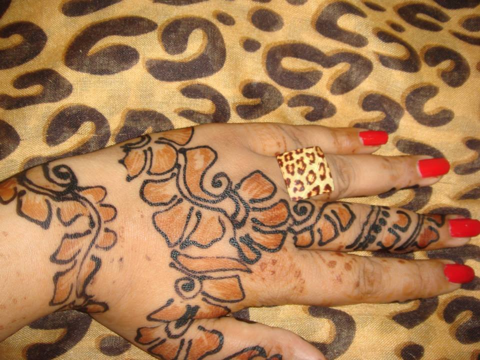 easy only henna design for back hand simple for beginners