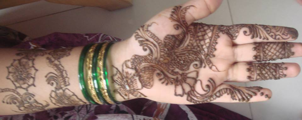 finger to wrist front hand easy and simple mehndi design