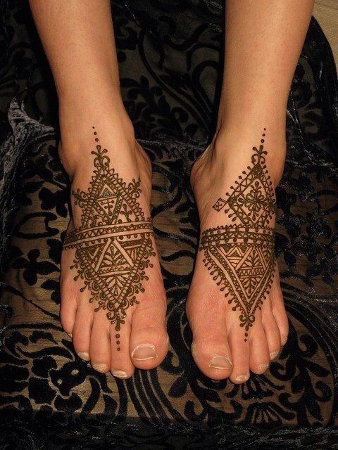 henna designs for feet on front side