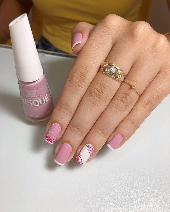 Hand Painted Nail Art for Short Nails