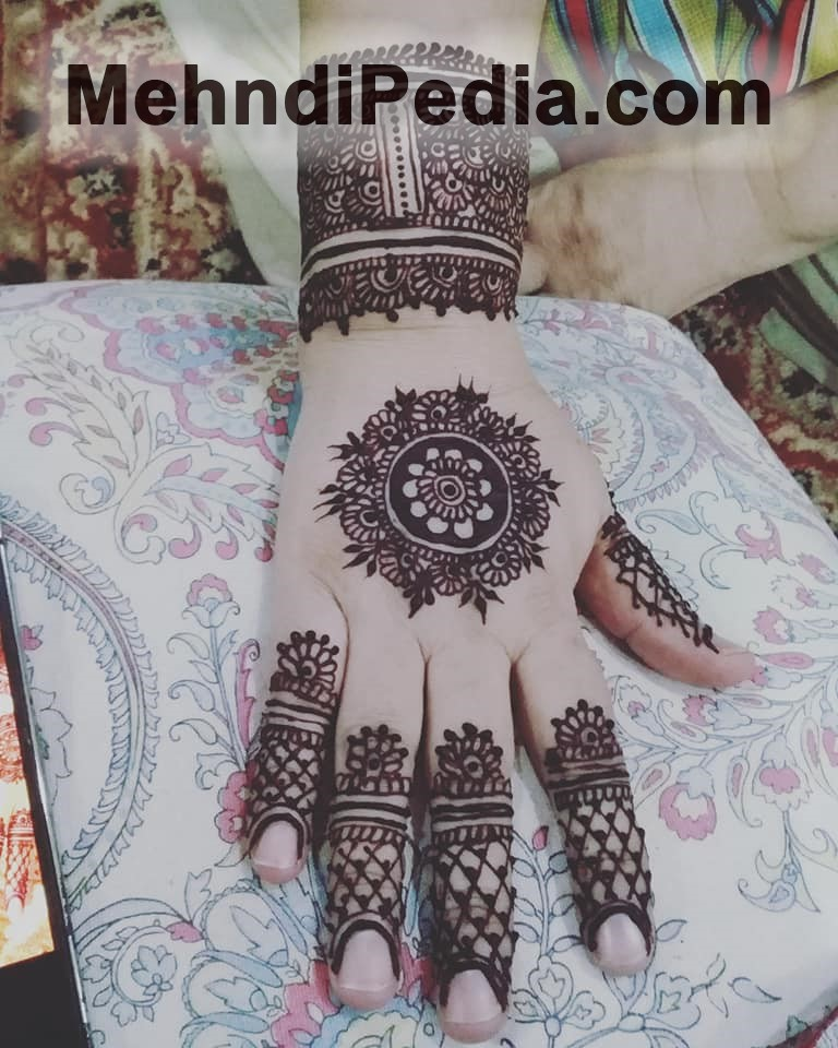 cute mehndi designs wallpapers