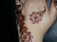 Henna mehndi designs for back hand only