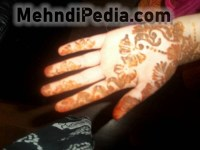 easy and simple loving mehndi desines