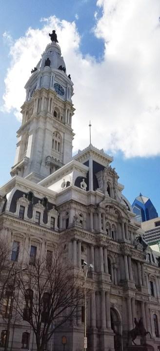 cityhall-day-far