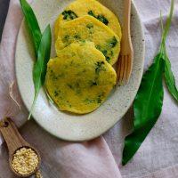 Mungbohnen-Fritters mit Bärlauch