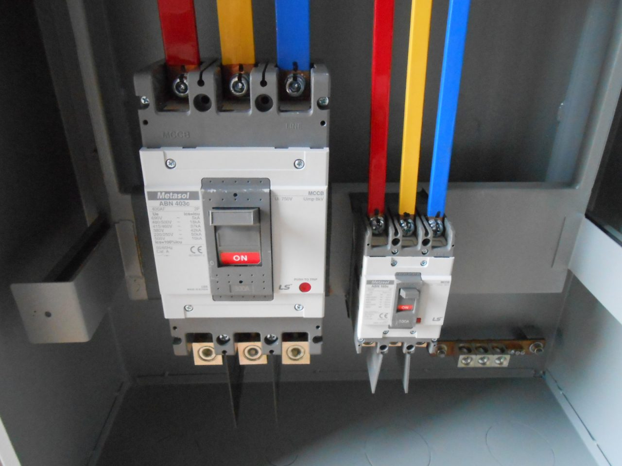 hight resolution of why should you install manual transfer switches in your establishment