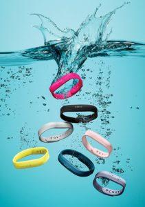 Comparateur bracelets connectés Fitbit étanches