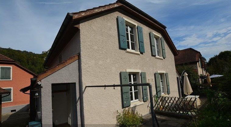 SaintUrsanne  Charmante maison mitoyenne de 80 m2  quelques pas du Doubs