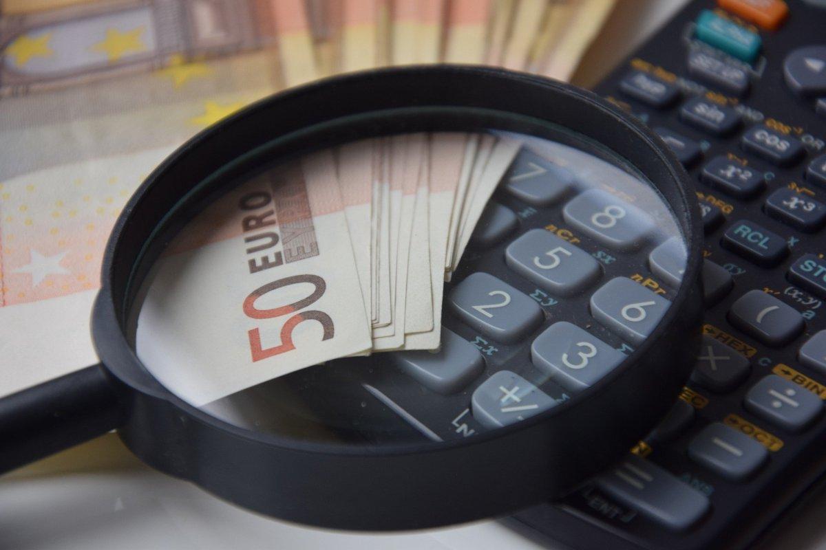 EBIT-Marge, Cashflow-Marge, Kapitalumschlag, Umsatzrendite, Free Cashflow, Betriebskosten | operative Kosten, General and Administrative Expenses, SG&A, Cash Flow Berechnung