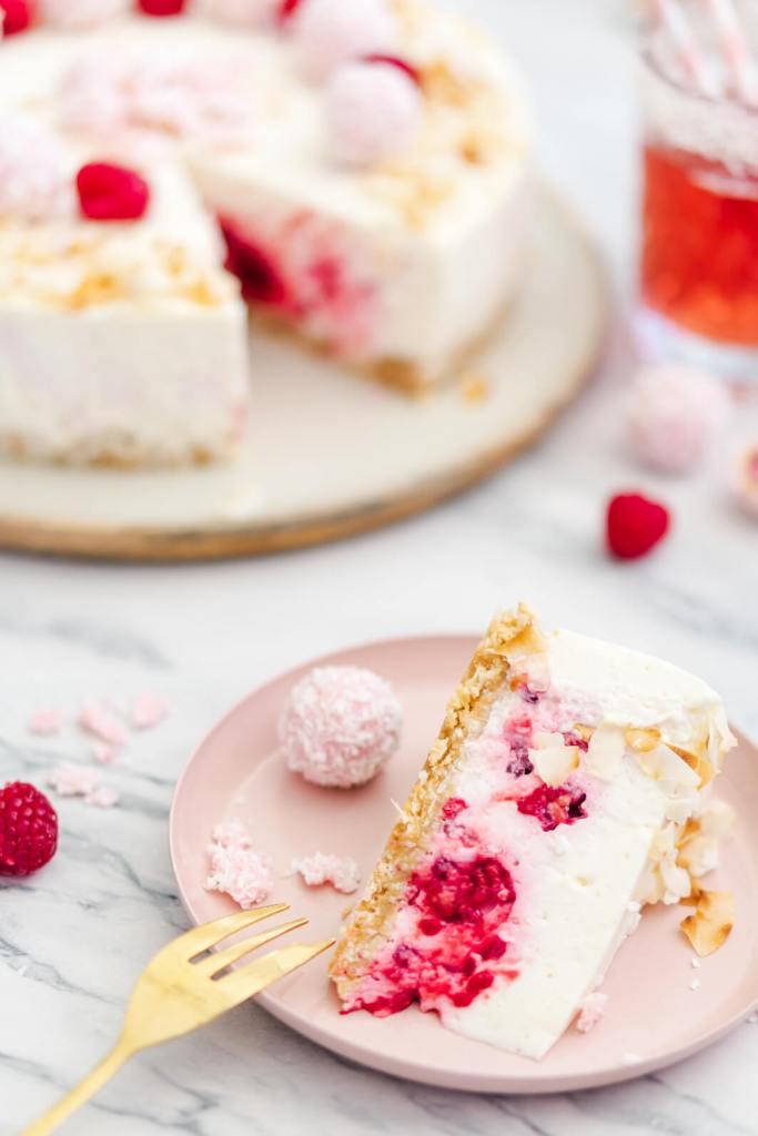 No-Bake-Kuchen mit Himbeeren