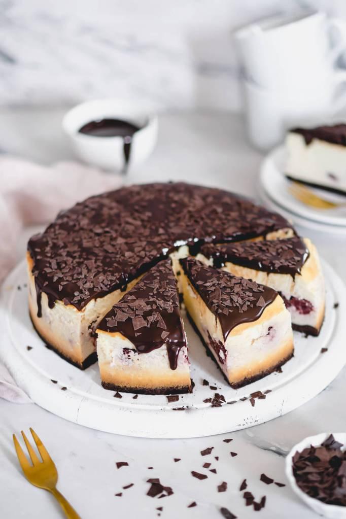 Kaesekuchen-Schwarzwaelder-Art