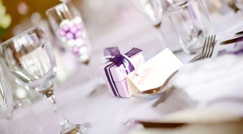 Mandel gefllig  Die Bedeutung der Hochzeitsmandeln
