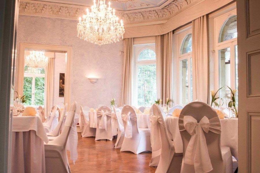 Heiraten in der Villa Kalles in KasbachOhlenberg