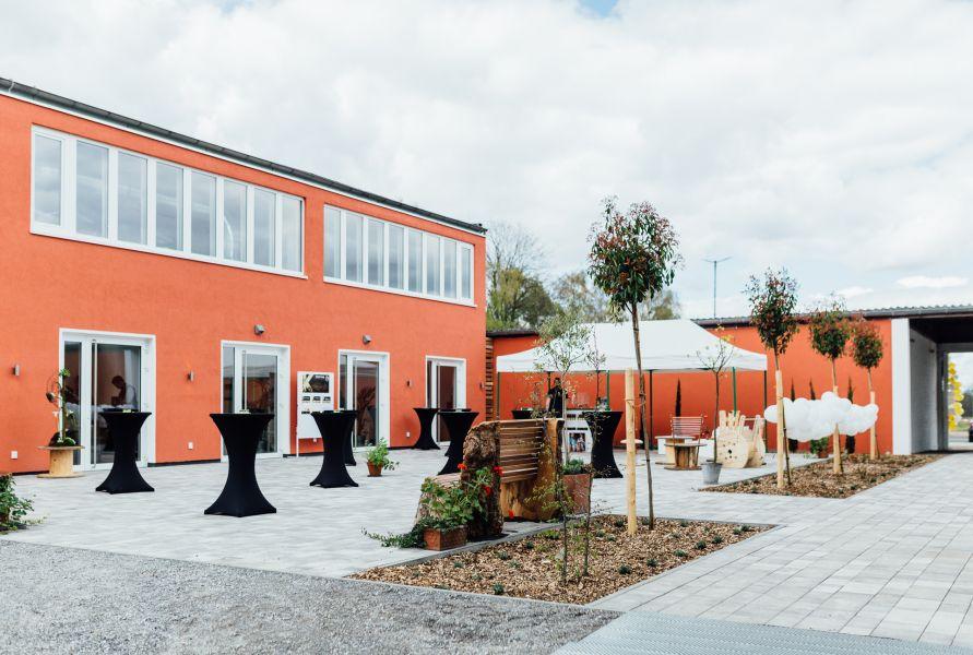 Hochzeit im Kabelwerk in Bergheim  Hochzeiten  Feiern