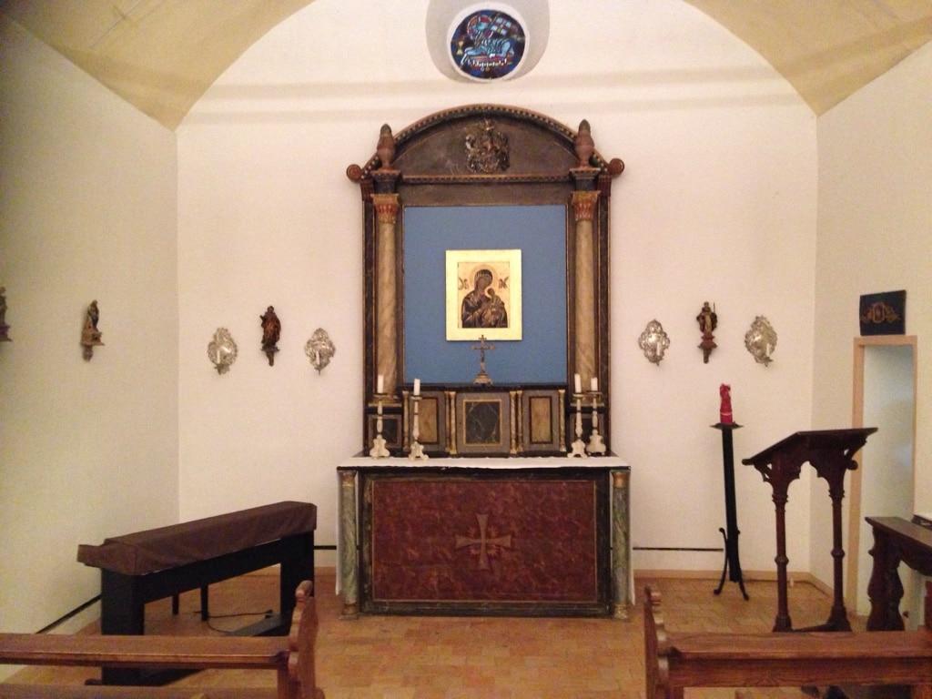 Hochzeit in der romantischen Schloss Kapelle am