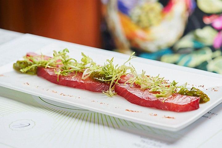 Brasserie Colette – Rote Bete gebeizter Lachs mit Limette