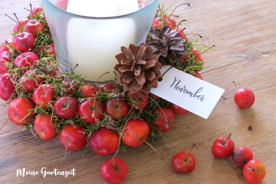 Herbstlicher Dekokranz aus Zieräpfeln - www.meine-gartenzeit.de